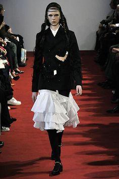 Comme des Garçons Fall 2008 Ready-to-Wear Fashion Show - Jasmin Ploder (FORD)