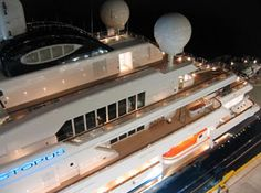 Lurssen Yachts, Most Expensive Yacht, Find Cheap Hotels, Lobby Reception, Hotel Reservations, Yacht Boat, Luxury Yachts, Hotel Deals, South Florida