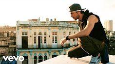 Enrique Iglesias - SUBEME LA RADIO (Official Video) ft. Descemer Bueno, Zion & Lennox - YouTube