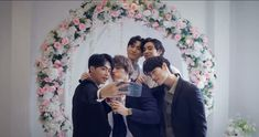 Drama Taiwan, Bridesmaid Dresses, Wedding Dresses, Crown, History, Fashion, Bridesmade Dresses, Bride Dresses, Moda