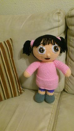 Amigurumi muñeca Boo ( Monster Inc) ~ Patrón Gratis en Español  http://novedadesjenpoali.blogspot.com.es/2013/12/patron-boo-monster-inc-amigurumi.html