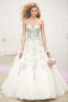 Dreamy ballgowns from Allure Bridals: http://www.stylemepretty.com/2015/03/19/fairytale-ball-gowns-from-allure/