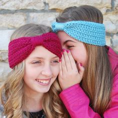 A three season crochet headband with a charming knit look texture. Pairs perfectly with almost everything and looks stunning in any color.