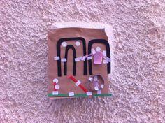 Le cose che posso fare | i lavori diventano cartoline da attaccare nelle mura della città.