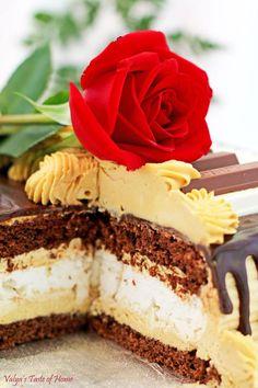 Chocolate Meringue Cake Recipe (Piano Version) - Valya's Taste of Home Best Dessert Recipes, Fun Desserts, Delicious Desserts, Cake Recipes, Sweets Recipes, Amazing Recipes, Yummy Recipes, Chocolate Meringue Cake Recipe, Chocolate Sponge Cake