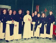 * Papa Pio XII (Eugenio Pacelli) com Cônegos da Ordem da Santa Cruz. * Vaticano.
