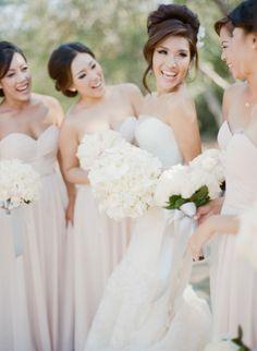 Dreamy wedding: http://www.stylemepretty.com/2015/01/08/elegant-blush-ivory-outdoor-wedding/ | Photography: Sylvie Gil - http://www.sylviegilphotography.com/