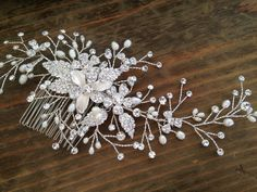 Bridal Hair comb with Fresh water pearls wedding hair comb,wedding Hair accesories,pearl Bridal Comb,Crystal wedding comb,bridal Head pieces...