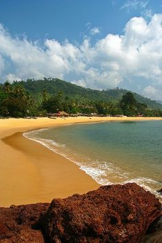 Lakkha Beach, Freetown Peninsula, Sierra Leone - My Darling Passport - internationally inspired Liberia, Seychelles, Sierra Leone, Zimbabwe, Travel Around The World, Around The Worlds, Cap Vert, Thinking Day, Viajes
