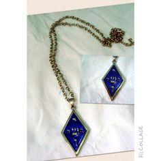 """Medalhão Jeoshua - """"O nome de Jesus nos Céus"""" Além de lindo pode ser usado como proteção e para meditação.  www.munayartes.com"""