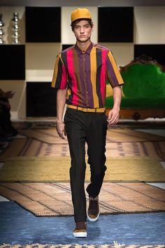 Salvatore Ferragamo: Man Runway SS 16
