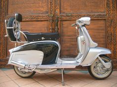Retro Scooter, Scooter Bike, Lambretta Scooter, Bicycle, Football Casuals, Vintage Vespa, Motor Scooters, Series 3, Amazing Cars