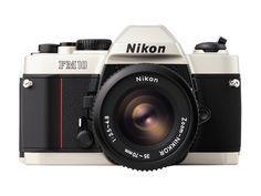 ニコン、20年間現役のフィルム一眼レフカメラFm10を値上げ