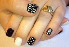 Black And White by FDNbyValentine - Nail Art Gallery nailartgallery.nailsmag.com by Nails Magazine www.nailsmag.com #nailart