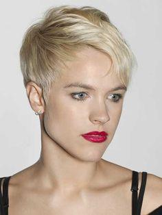 Cortes de pelo corto picantes para las mujeres rubias