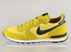 Nike Internationalist – Tour Yellow – Black