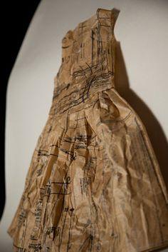 Jennifer Collier paper dress made from dress pattern Paper Dress Art, Paper Art, Paper Dresses, Paper Wedding Anniversary Gift, Jennifer Collier, A Level Textiles, Paper Fashion, Fashion Art, Paper Clothes