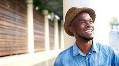 Beautiful, uniform looking teeth can be achieved through the use of dental veneers. Teeth Bonding, Dental Bonding, Teeth Whitening Remedies, Natural Teeth Whitening, Dental Health, Oral Health, Laughing Photos, Dental Veneers, African American Men