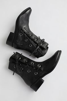 Shop our Voyage Western Boot at FreePeople.com. Share style pics with FP Me, and read & post reviews. Free shipping worldwide - see site for details.