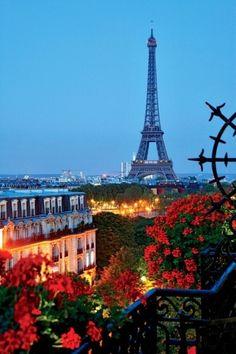 View on the Eiffel Tower from the Hôtel Plazza Athénée, 25 avenue Montaigne, Paris VIII