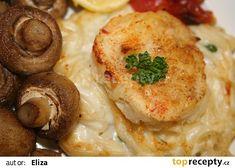 Rybí filé na sýrovém hnízdě s pečenými žampióny recept - TopRecepty.cz Baked Potato, Potatoes, Meat, Chicken, Baking, Ethnic Recipes, Food, Meal, Patisserie