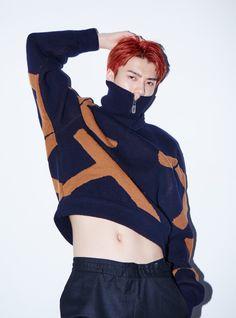 Crop Tops are for Guys Chanyeol Baekhyun, Exo Kai, Got7, Sehun Cute, Fandom, Xiu Min, Kpop, Poses, Asian Boys