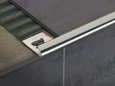 Find out all of the information about the PROFILITEC product: brass edge trim LINETEC PT. Tiled Staircase, Tile Edge, Stair Nosing, Tile Trim, Fireplace Remodel, Interior Stairs, Floor Finishes, Tile Design, Modern Interior Design