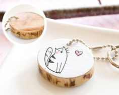 Cat Keychain Wooden Cute Drawing Pet Kitty Animal Lover Gift Friendship Mom Dad Gift Handmade Keyring Heart Round Reclaim Wood Eco Friendly