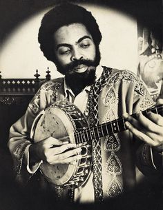Gilberto Gil - major Brazilian star who merged local instruments and styles with rock and folk. Music Pics, Music Images, Music Photo, Art Music, World Music, Music Is Life, Samba, Brazil Music, Music Genius