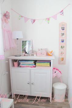Home Vanilla: Lastenhuoneen pikkukaappi & vauvamuistoja