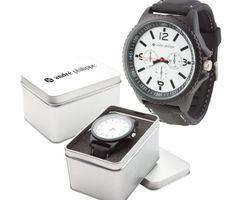 Luxusné kovové pánske hodinky značky André Philippe v darčekovej krabičke so silikónovým remienkom. Tieto luxusné analógové hodinky pre pánov majú moderný okrúhly dizajn a remienok vyrobený zo silikónu.