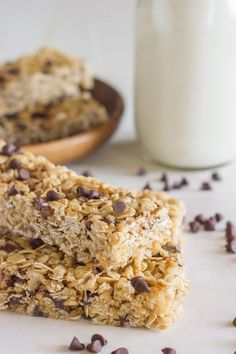 Chewy Chocolate Chip Granola Bars {Copycat Quaker} Recipe on Yummly. @yummly #recipe