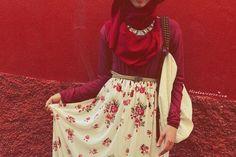 #beautifull_red_t-shirt_hijab_cream_little_flowers_red_long_skirt