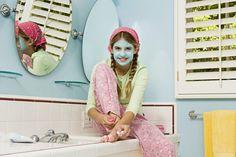 Cómo hacer una mascarilla facial rápida y apta para niños | eHow en Español
