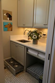 The Paint Colors of the HGTV Smart Home 2014 - The Decorologist