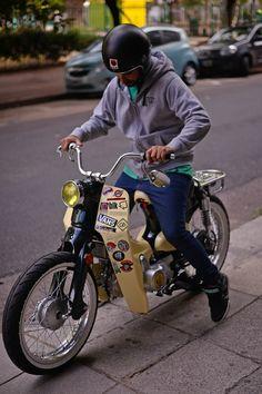 Street cub go vintage 125 Moped Bike, Scooter 50cc, Honda Scooters, Honda Bikes, Retro Motorcycle, Motorcycle Bike, Triumph Motorcycles, Vintage Motorcycles, Motos Retro