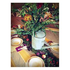 Apples, pine cones, gold leaves, moss and berries. Vintage watering can centre pieces Fall Table Settings, Autumn Table, Tipi Wedding, Centre Pieces, Watering Can, Moscow Mule Mugs, Pine Cones, Gold Leaf, Apples