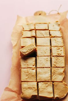 Healthy, 4-Ingredient Peanut Butter Fudge