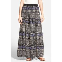 Junior Angie Print Maxi Skirt (78 BRL) ❤ liked on Polyvore featuring skirts, navy, print maxi skirt, navy maxi skirt, bohemian skirt, boho maxi skirt and black skirt