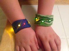 Ultimate Felt Bracelet With LEDs – lisha cauthen Ultimate Felt Bracelet With LEDs Bracelets that light up? Smart Textiles, E Textiles, Felt Bracelet, Bracelets, Stem Projects, Circuit Projects, Science Projects, Science For Kids, Weird Science