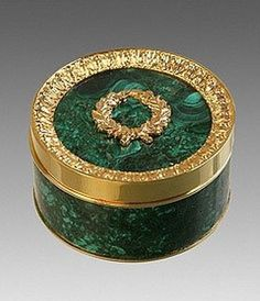 Gold mounted amazonite small box by the firm of Bolin, jeweler of the Imperial Court, made in Moscow between 1899 and 1908 #antique #vintage #box
