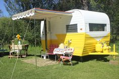 Cowgirl Cabins of Central Oregon...Our Fleet of Trailers and Testimonials...13 foot 1964 Aloha