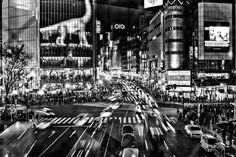 SHIBUYA CROSSING from Contemporary Districts #1 : SHIBUYA TOKYO © Giovanni De Angelis