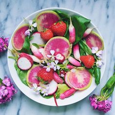 It's a sunny and beautiful day here in NYC ☀️☀️ so I thought I would share this easy Triple Radish Salad that's perfect for summer💗💗 Mix together radishes, watermelon radishes, and breakfast radishes over a bed of greens. Add sweet 🍓🍓 to balance the sharpness of the radishes. Top with a light vinaigrette made of extra virgin olive oil, 🍋🍋juice, Dijon mustard, maple syrup, and salt & pepper.  This is my entry for the @thefeedfeed and @simplyorganicfoods easy summer eats contest…