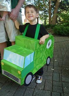 namesake design: A Green Halloween Best Kids Costumes, Book Day Costumes, Boy Costumes, Costume Halloween, Recycled Costumes, Recycled Toys, Garbage Truck Party, Diy For Kids, Crafts For Kids