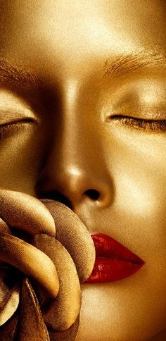 Rosamaria G Frangini | Gold Desire | Gilded Rouge™ | House of Beccaria