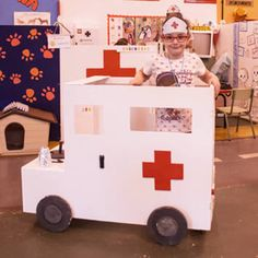 Dramatic Play Themes, Dramatic Play Centers, Community Helpers Kindergarten, Kindergarten Classroom, Medical Consent Form Children, Doctor Role Play, Medical Party, People Who Help Us, Role Play Areas