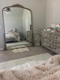 floor mirror in bedroom Bedroom Vintage, Parisian Bedroom Decor, Modern Victorian Bedroom, Vintage Beds, Vintage Room, My New Room, My Room, Condo Decorating, Decorating Ideas