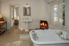 bathroom fireplace...whaaaat!