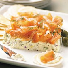 The key to this delicious spread is the quality of the salmon. Cold-smoked salmon should have a very delicate, sweet flavor. New Recipes, Cooking Recipes, Favorite Recipes, Healthy Recipes, Recipies, Appetizer Dips, Appetizer Recipes, Smoked Salmon Spread, Pampered Chef Recipes